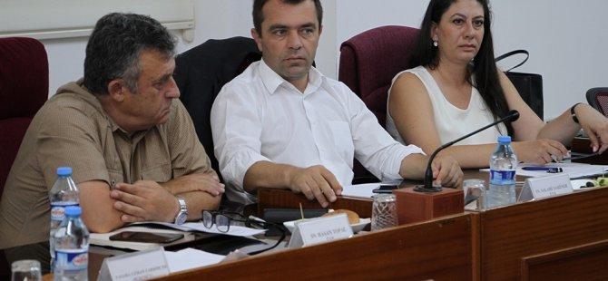 Cumhuriyet Meclisi, idari, kamu ve sağlık işleri komitesi toplandı