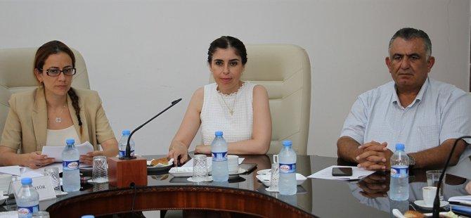Cumhuriyet meclisi, hukuk, siyasi işler ve dışilişkiler komitesi toplandı
