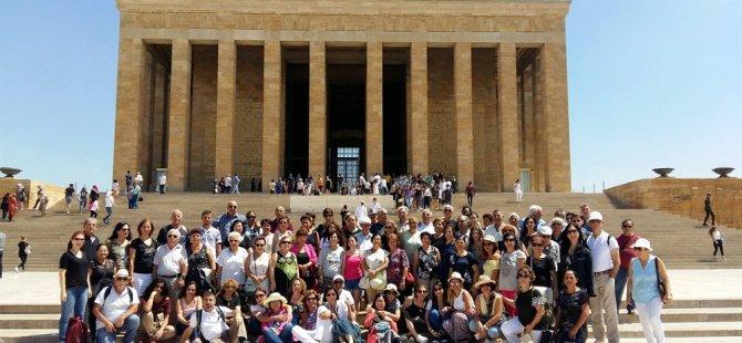 Lefke Çevre Ve Tanıtma Derneği Anıtkabir'i ziyaret etti
