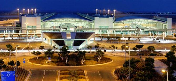 Larnaka Havalimanı'na uydu kumarhane