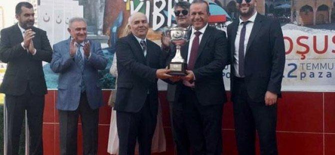 """34. Kuzey Kıbrıs Türk Cumhuriyeti Koşusu'nu """"My Billionaire"""" kazandı"""