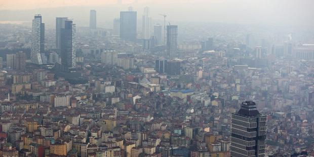 """""""Olası İstanbul depreminde 100 bin bina yıkılacak!"""""""