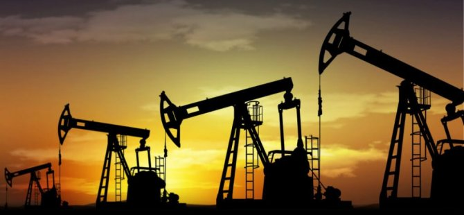 Petrol fiyatları, son iki yılın en büyük aylık düşüşünü kaydetti
