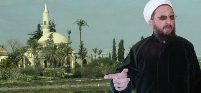 Hala  Sultan Tekkesi İmamı kızgın: Tekke'ye böyle girilmez!