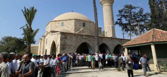 Kurban Bayramı Nedeniyle Hala Sultan Tekkesi'ne ziyaret