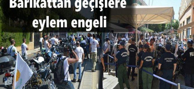 Rum motosikletliler bu kez Lokmacı Sınır Kapısını kapattı