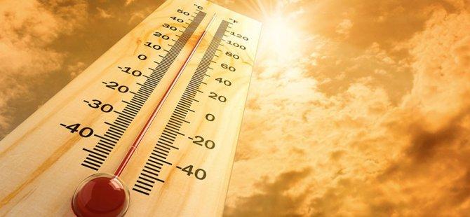 Avrupa kavrılıyor: Sıcaklık rekor seviyeye ulaştı, hayat felç oldu!