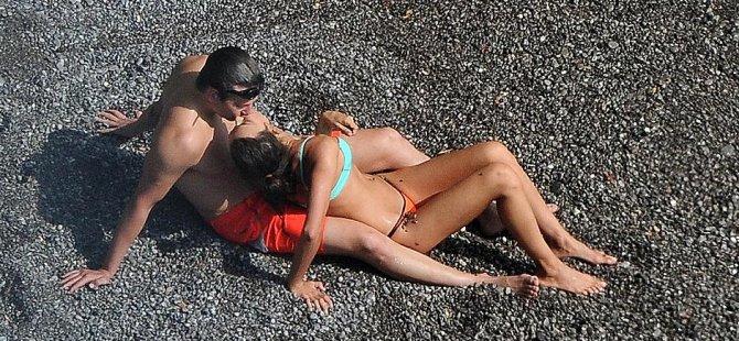 Irina Shayk ve Bradley Cooper'ın tatili bitmiyor