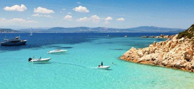 Plaj kumu çalan turiste 1000 Euro ceza