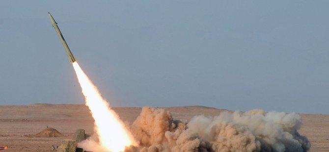 İran yeni nesil 'Fateh Mobin' kısa menzilli balistik füzesini tanıttı