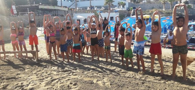 Girne Belediyesi yaz tatili çocuk ve gençlik atölyeleri plaj turnuvasıyla sona erdi