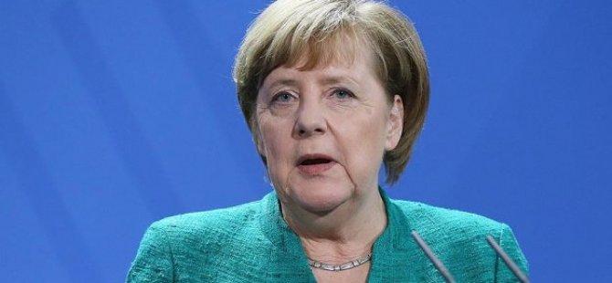 Merkel'den Suriye konusunda olası 4'lü zirveye ilişkin açıklama