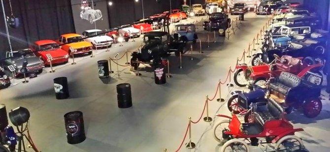 Otomobil Tutkunlarını Buluşturan Müze…
