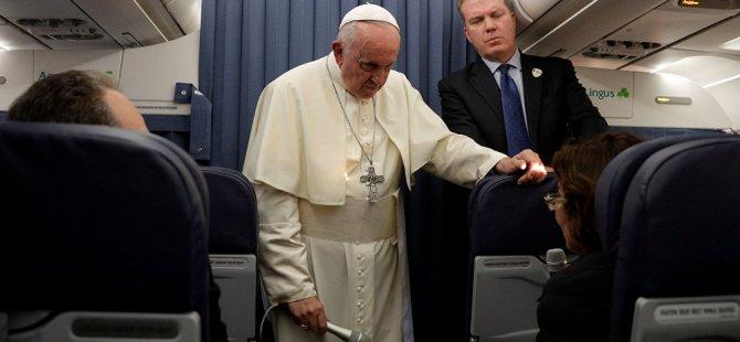 Papa, cinsel istismara göz yumduğu suçlamasına yanıt vermeyeceğini açıkladı