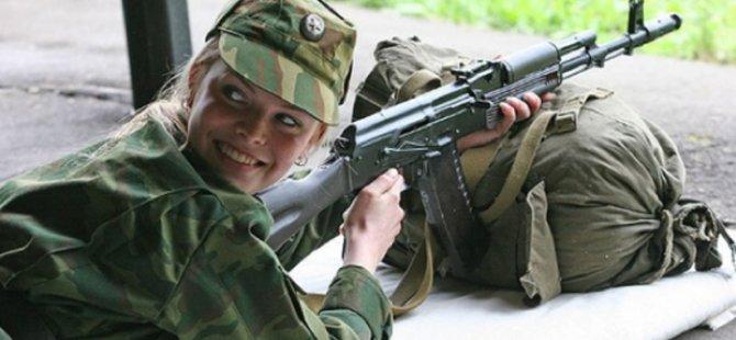 Rusya Savunma Bakanından kadın asker açılımı