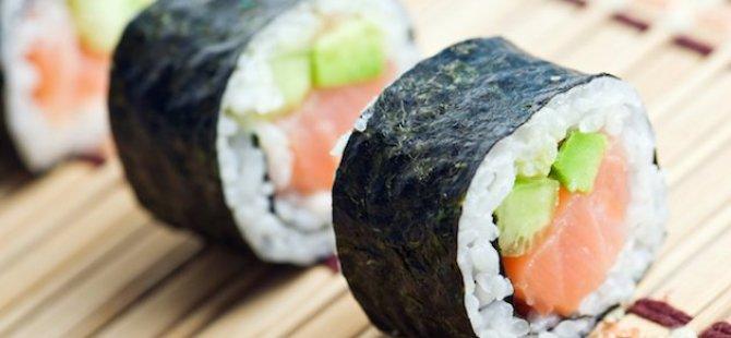 Suşi restoranında zehirlenen bir kişinin kolu kesildi