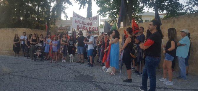1 Eylül Dünya Barış günü nedeniyle Cumhurbaşkanlığı önünde eylem yapıldı