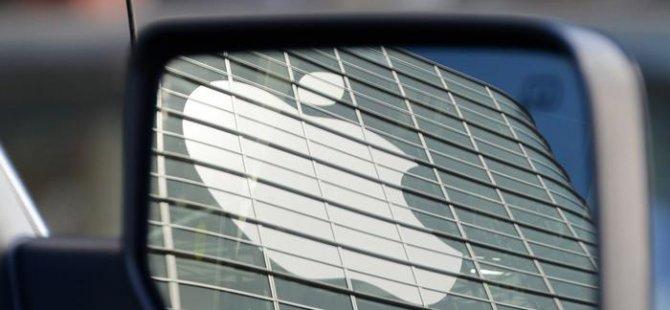 Apple'ın sürücüsüz otomobili kaza yaptı