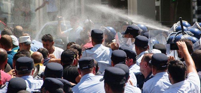Polis eyleme biber gazıyla müdahale etti
