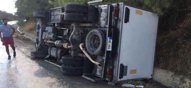 Yürekler ağza geldi: Girne-Değirmenlik yolunda korkutan kaza