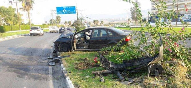 Şişede durduğu gibi durmadı...Lefkoşa'da sabah sabah kaza...