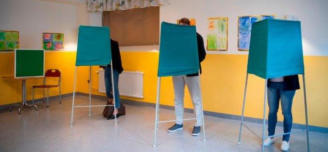 İsveç'teki seçimlerde aşırı sağcıların oylarını artırması bekleniyor