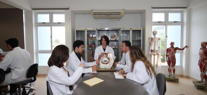 DAÜ Dr. Fazıl Küçük Tıp Fakültesi yeni döneme hazır