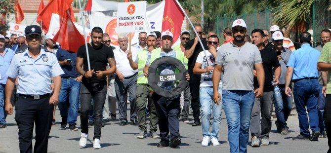"""Özkıraç: """"Aksa'yı başımıza bela edenlere durun demek için buradayız"""""""