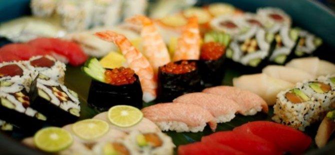 100 tabak suşi yedi, restorana girişi yasaklandı