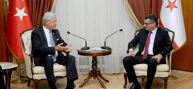 """Erhürman: """"Kıbrıs türk halkı siyasi eşitliğinin güvence altına alınmadığı herhangi bir modelin altında yer almayacak"""""""
