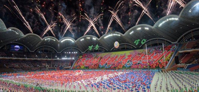 Güney Kore lideri, binlerce Kuzey Koreliye seslendi: 70 yıllık husumeti bitirelim