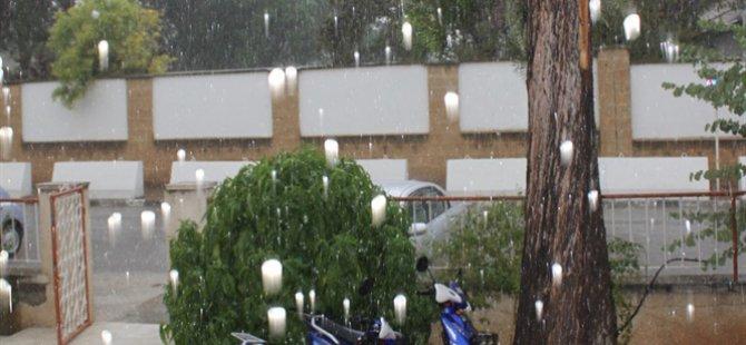 Sonbahar'ın ilk yağmuru etkili geldi
