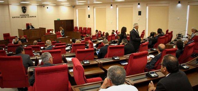 Cumhuriyet Meclisi Genel Kurulu'nda bilgiye ve onaya sunuşlar