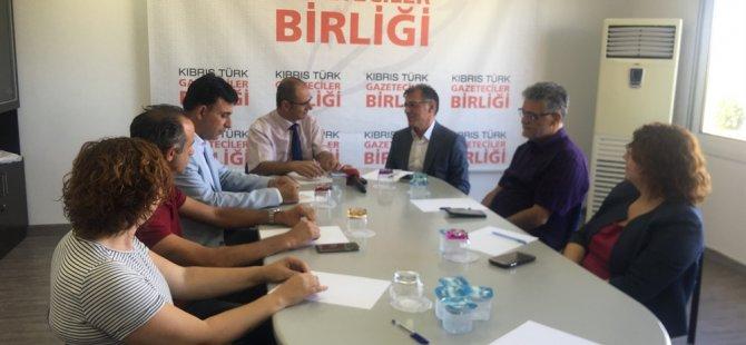 """Özuslu: """"Habere erişim konusunda Ercan Havaalanı'nda da tedbirler alınabilir"""""""