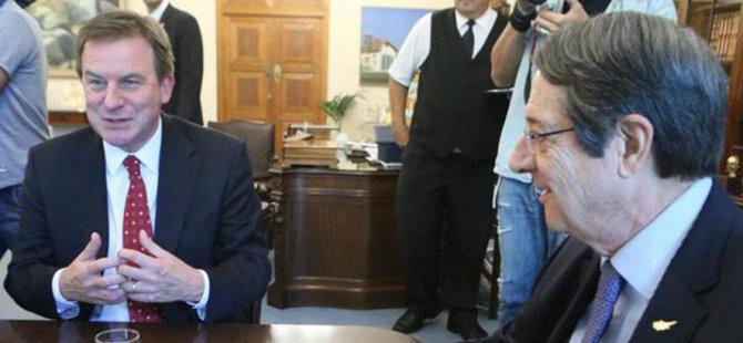 Anastasiadis, Exxon Mobil Şirketi Başkan Yardımcısı'yla görüştü