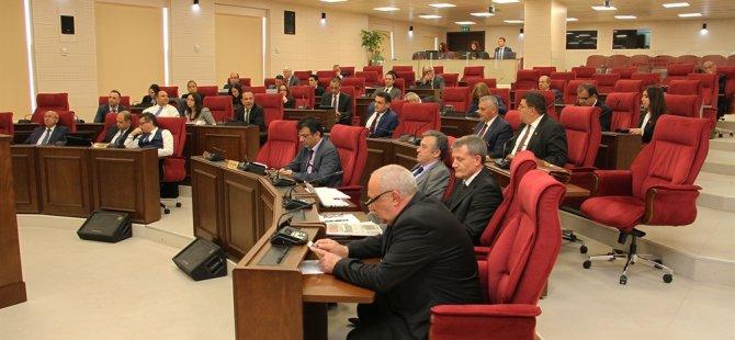 Meclis iki onay yasa tasarısını oy birliğiyle onayladı