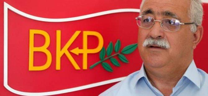 """İzcan: """"Türkiye'nin Kıbrıs Rum tarafıyla sürdürdüğü görüşmelere, Akıncı'nın da dahil olması gerekir"""""""