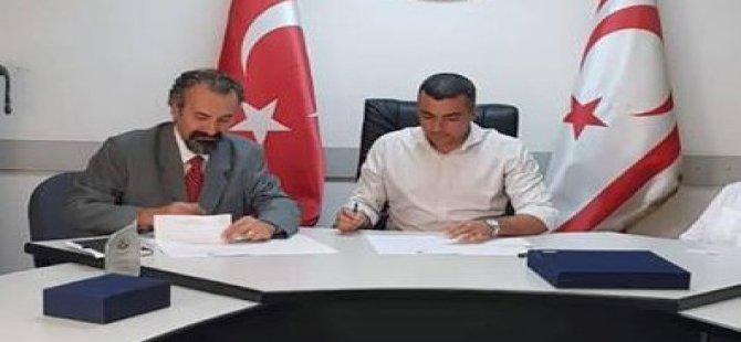 Kamu-İş ile Akdeniz Karpaz Üniversitesi arasında protokol imzalandı