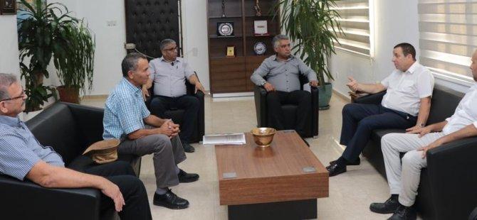 Denktaş, Kıbrıs Türk Esnaf ve Zanaatkârlar Odasını kabul etti