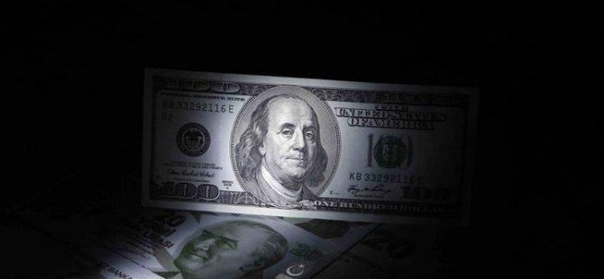 Dolar/TL kritik haftaya dalgalı seyirle başladı