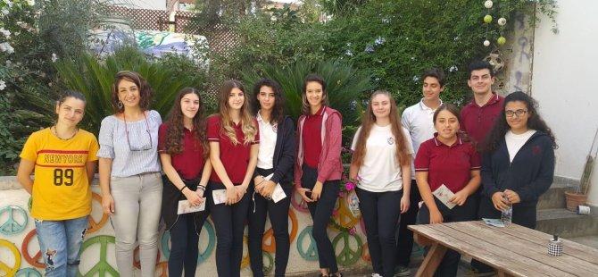 Yakın Doğu Kolejinden Mülteci Hakları Derneğine Anlamlı Yardım