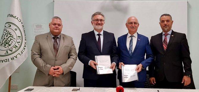 Kıbrıs Vakıflar İdaresi ve Kuzey Kıbrıs Türk Kızılayı işbirliği protokolü imzaladı