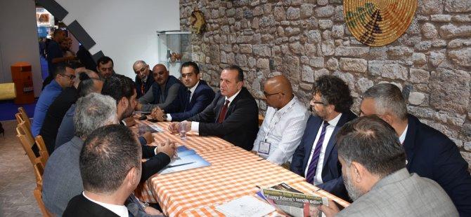 Ataoğlu World Travel Market 2018 Turizm Fuarı'nda sektör temsilcileri ile bir araya geldi