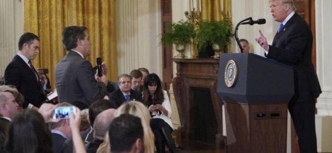 Beyaz Saray, Donald Trump'ın tartıştığı CNN muhabirinin Saray'a giriş kartını askıya aldı