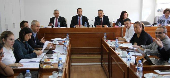 AB uyum yasa tasarılarını görüşmek üzere oluşturulan komite toplandı