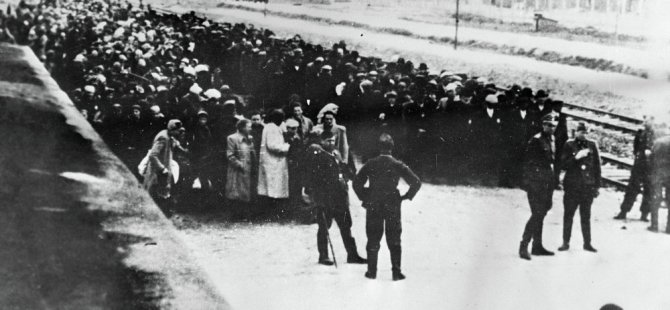 Kristal Gece: Batı, Holokost'un başlangıcını nasıl görmezden geldi?