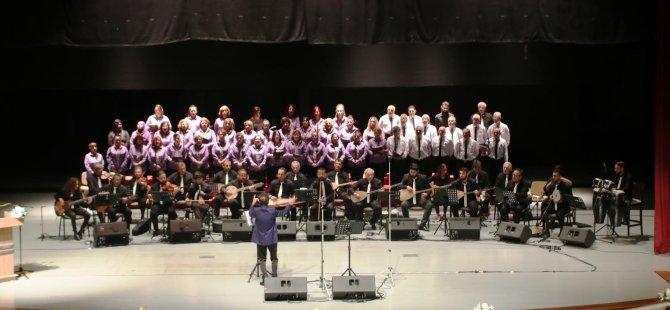 Gazimağusa Belediyesi Türk Halk Müziği Korosu'nun 35. Yıl Cumhuriyet Konseri Cuma akşamı yapılıyor