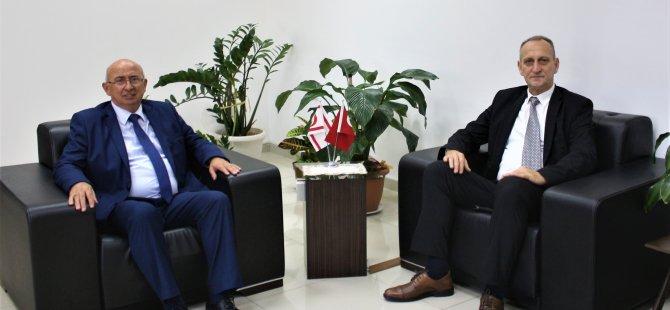 Özyiğit, Bosna Hersek Zenıca Doboj Kantonu Eğitim, Bilim, Kültür ve Spor Bakanı ile görüştü