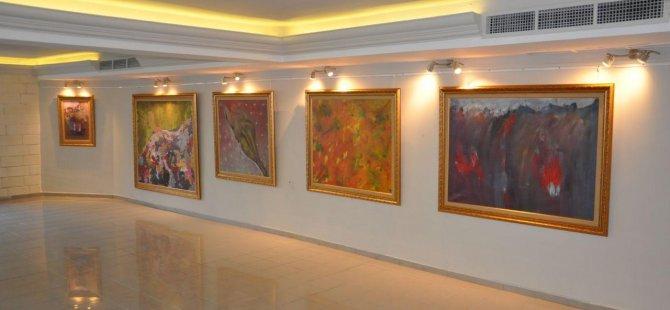 """38 Sanatçıdan Oluşan""""Cumhuriyet Sergisi"""" Başbakan Tufan Erhürman Tarafından Açılıyor"""