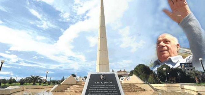Kurucu Cumhurbaşkanı Denktaş düzenlenen törenle anıldı
